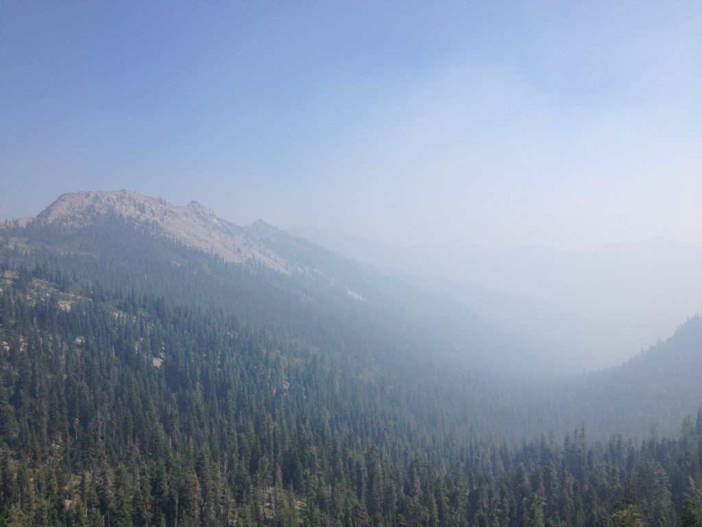 Wildfire smoke in Klamath National Forest